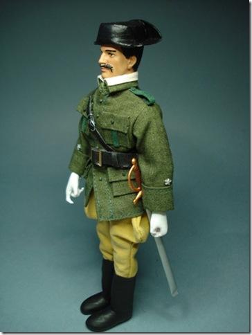 Teniente en uniforme de servicio de campaña. Escala 1/10 madelman custom