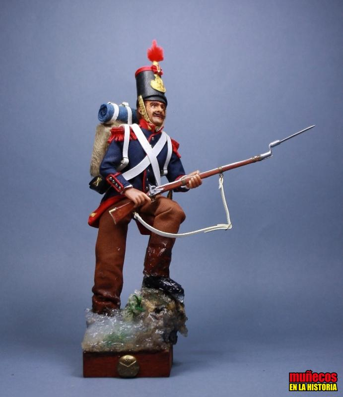ARTILLERO A PIE EN INVIERNO – 1836 -Figura articulada Escala 1/10 madelman custom