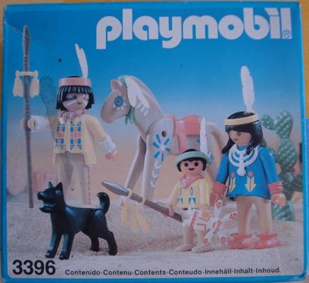3396 FAMILIA INDIA CON CABALLO Y PERRO